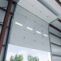 Installere Overhead Garage Door