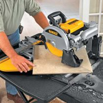 How to use a tile saw to cut concrete pavers