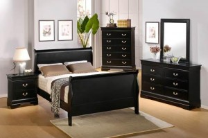 Different colors that work with black furniture