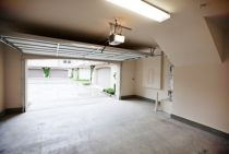 A new garage door: involved costs