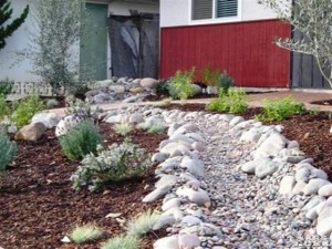 Comment construire un lit de rivière à sec