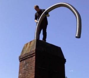 La instalación de un revestimiento de la chimenea flexible