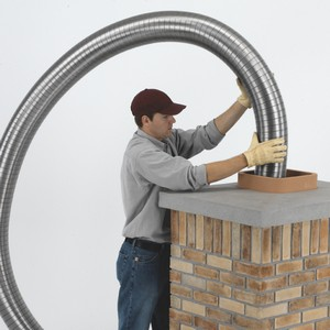 Flexible chimney liner installation