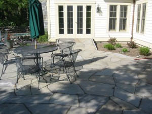 Patio design flagstone
