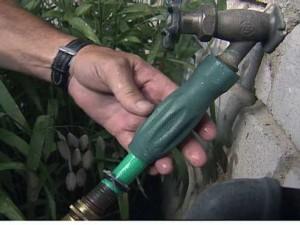 Garden drip irrigation installation process