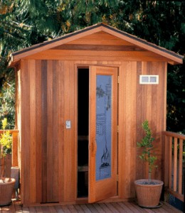 Outdoor custos sauna