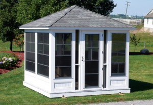 Tips for enclosing a garden gazebo