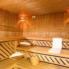 Regular sauna sessions can help Reynaud's disease's sufferers