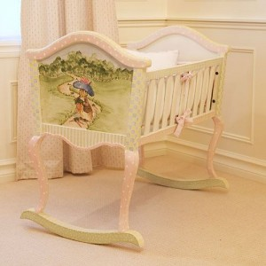 Paint your baby boy's furniture by yourself