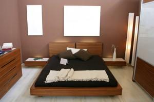 Mielenkiintoisia ideoita tehdä pieni makuuhuone näyttää iso ja ilmava