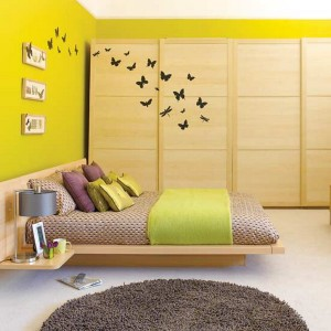 Decorate bedrooms for young women